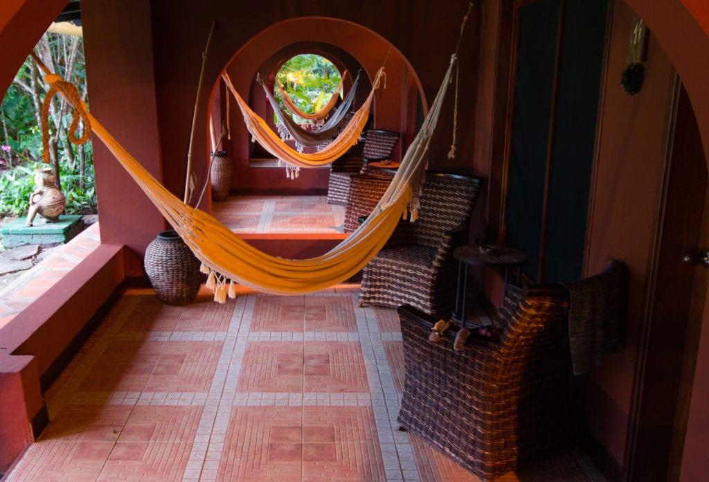 wakü lodge hammocks hanging