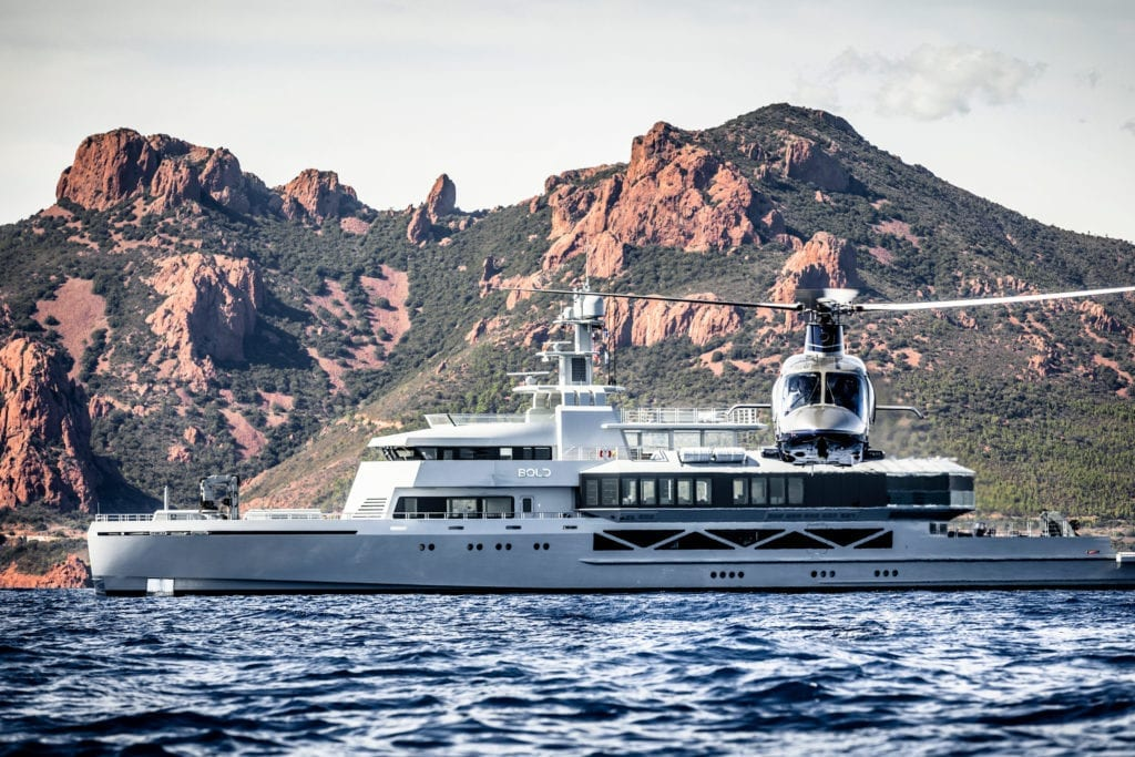 Profile of Bold yacht with Helicopter © Guillaume Plisson