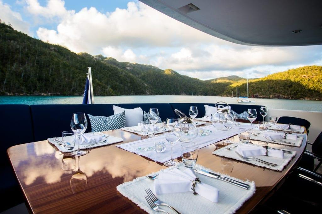 De Lisle III Yacht Exterior Dining