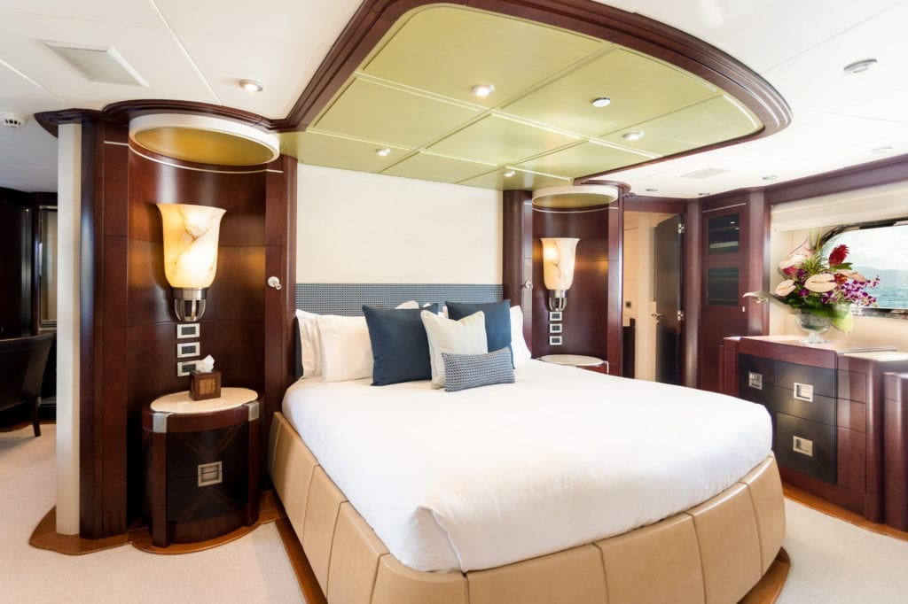 Master Cabin on De Lisle III Yacht