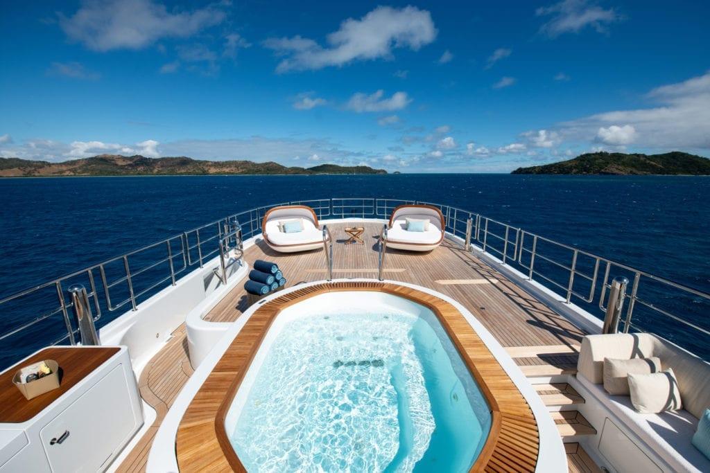 Driftwood Yacht Sun Deck Jacuzzi