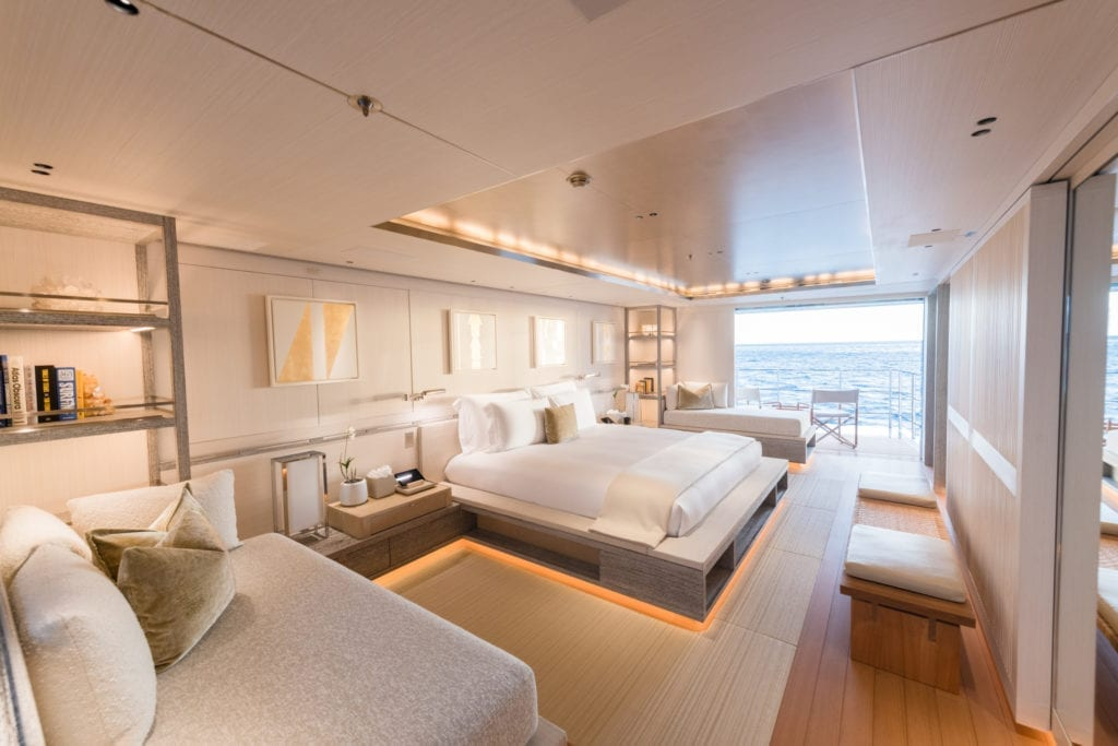 Master Suite on Driftwood Yacht