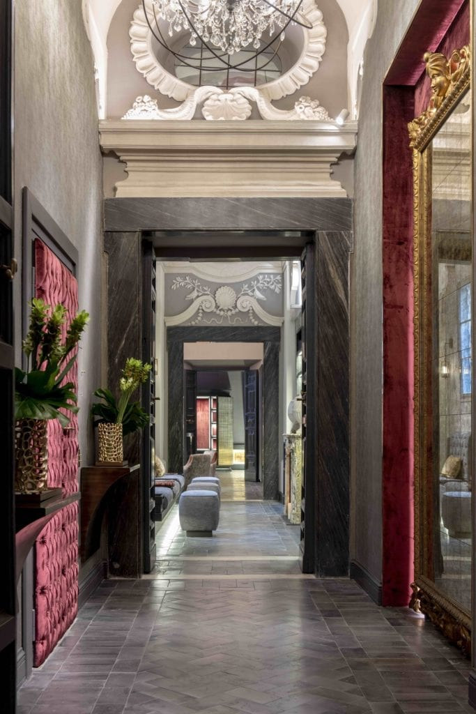 entrance passageway holy deer city lodge italy