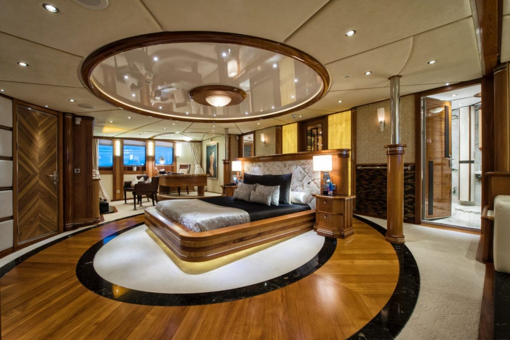 Master Cabin on Legend Yacht