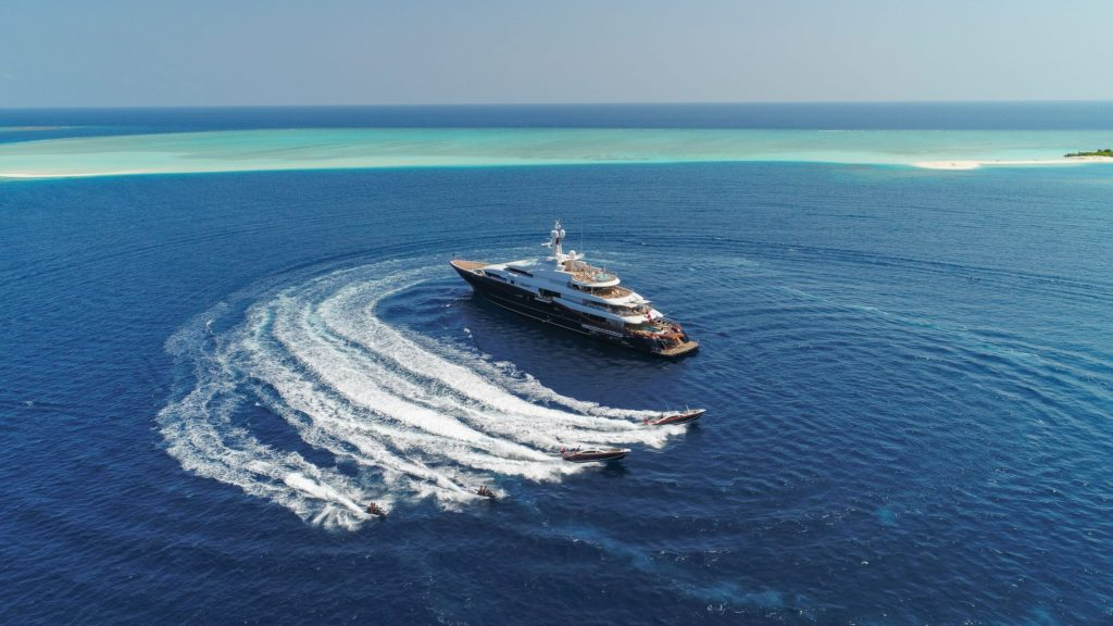 Nirvana in the Maldives with her tenders and toys