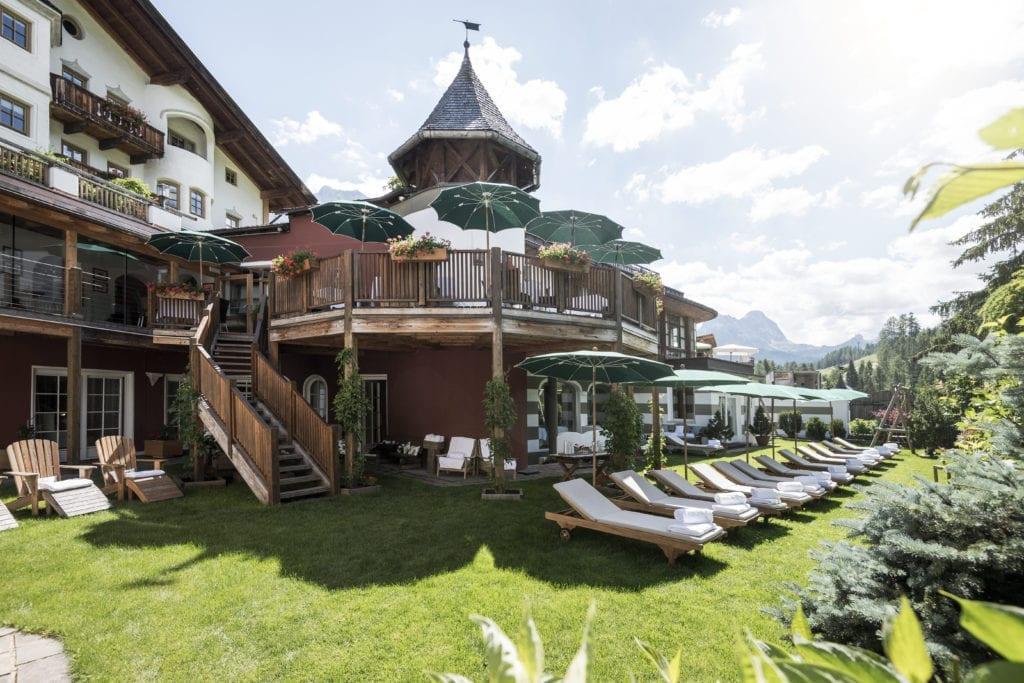 outdoor terrace garden rosa alpina dolomites