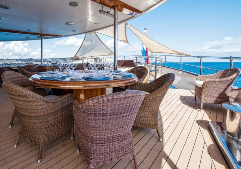 Exterior dining on Sherakhan Yacht