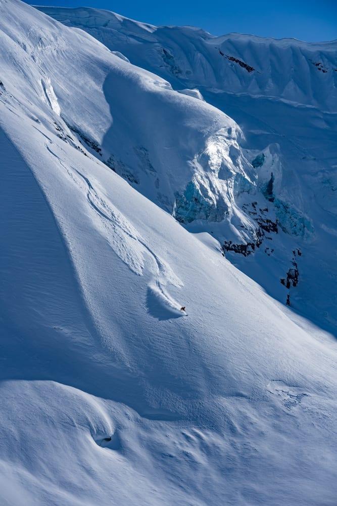 Off piste powder skiing in Alaska