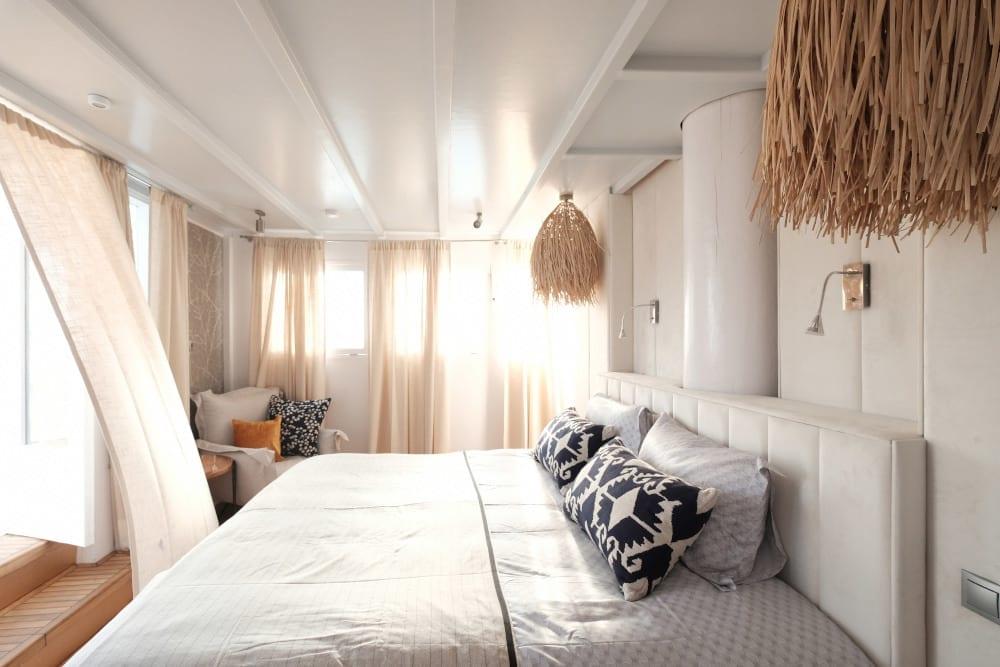 Master bedroom on Alexa J