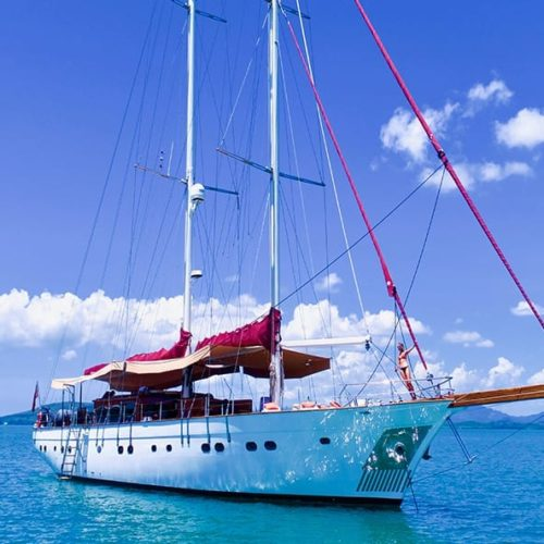 Orient Pearl yacht for Charter