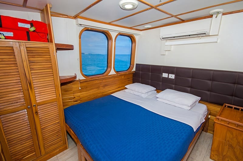 Double bedroom on board Tip Top IV