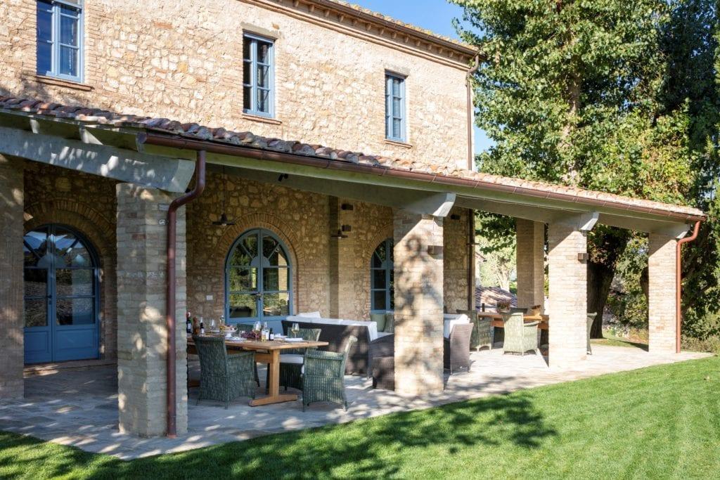 Borgo Pignano Villa La Fonte Veranda Exterior Tuscany Italy