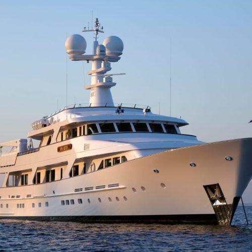 Ancallia yacht exterior hero