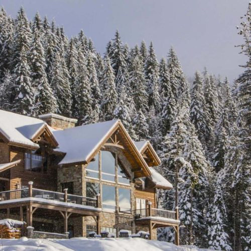 Snow-covered ski chalet Bison Lodge, Canada