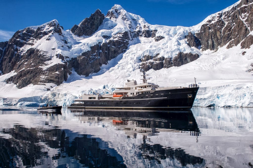 Legend yacht expedition in Antarctica