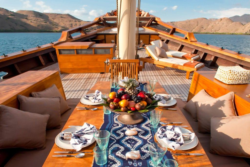 Dining Area on Deck Si Datu Bua Yacht
