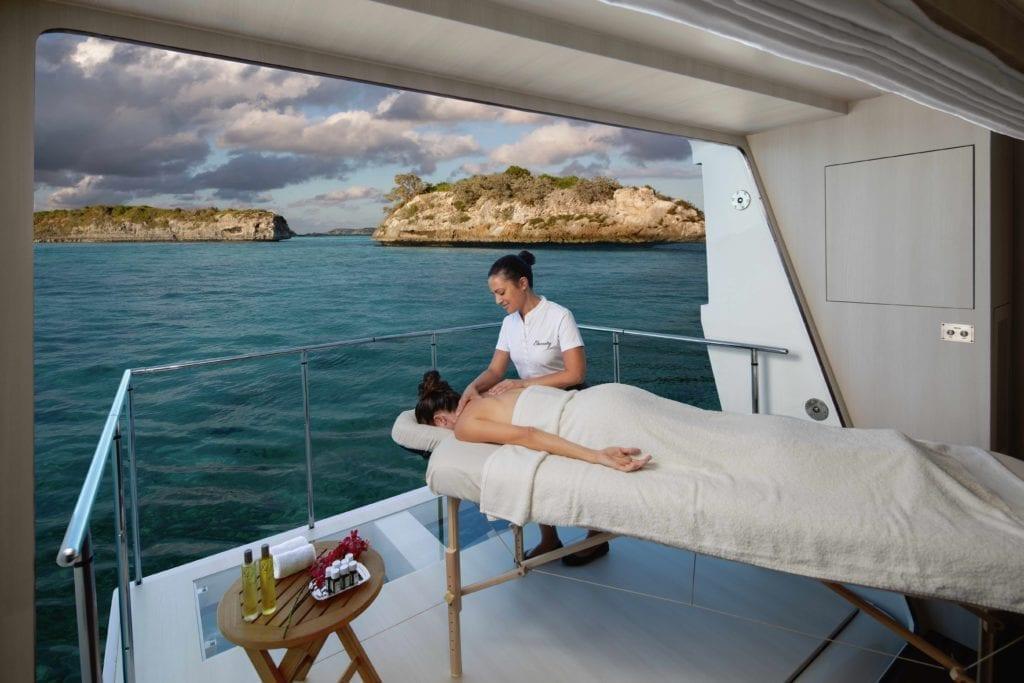Eternity Yacht Spa Masseur