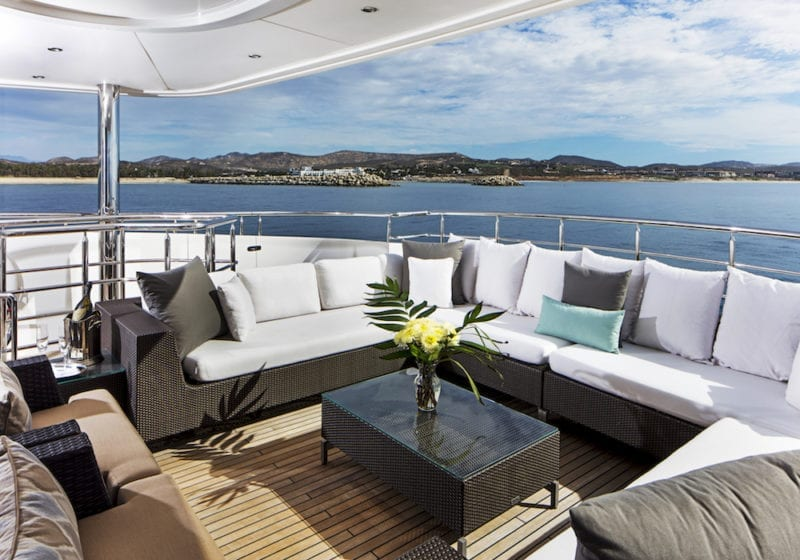 Komokwa Exterior Deck Lounge Seating Area