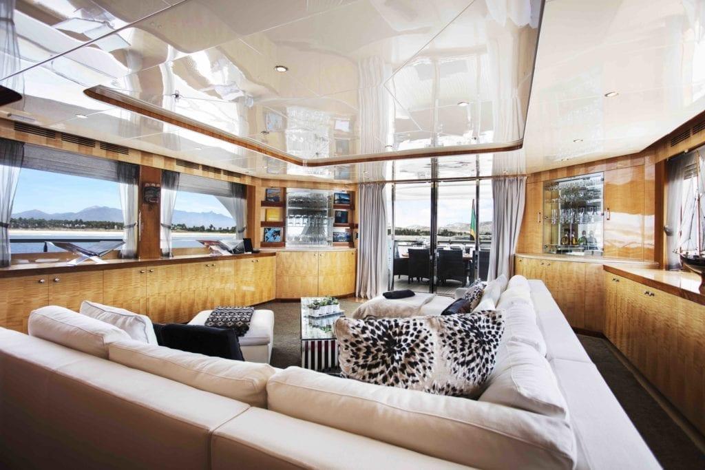 Komokwa Salon Aft Deck Lounge Seating Area