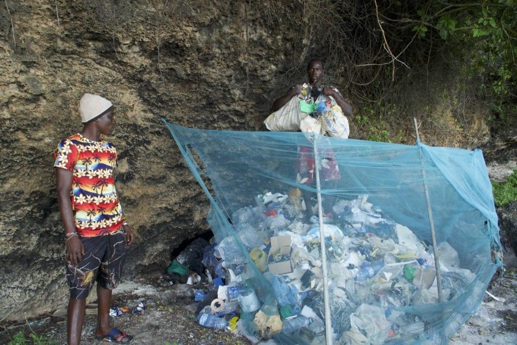 beach clean up local kenyan community