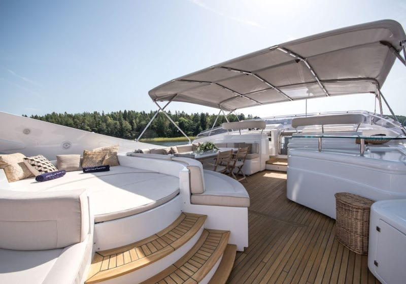 Queen of Sheba Top Deck Lounge and Dining Area Exteriorn