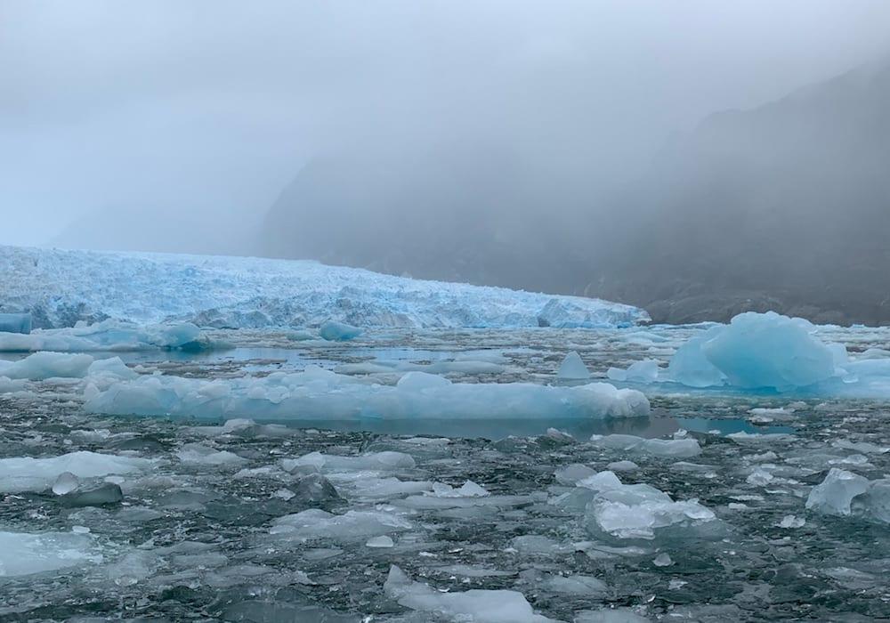 Chile, Laguna San Rafael, icy glacier waters
