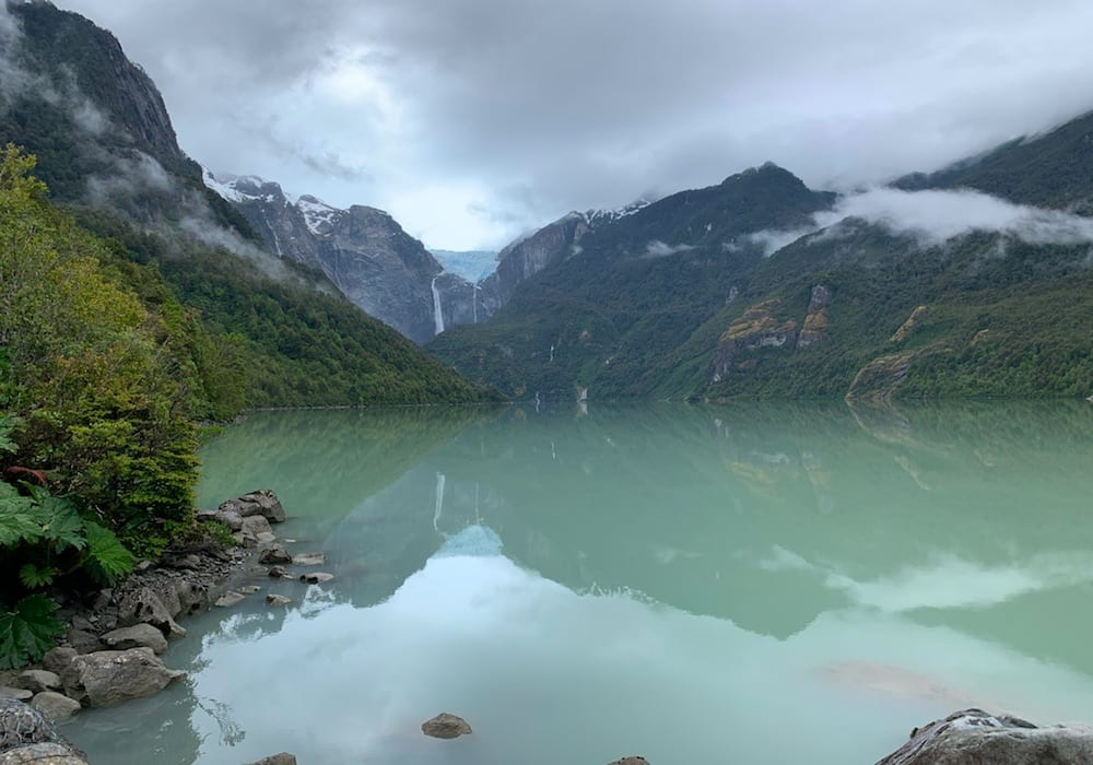 Chile, Parque Nacional Queulat, Ventisquero Colgante alpine lake