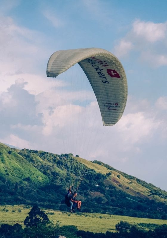 Para-gliding in the Santa Helena mountains, Colombia