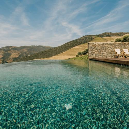 ventozelo hotel swimming pool