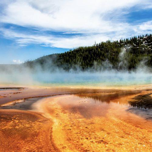 Yellowstone National Park hero image